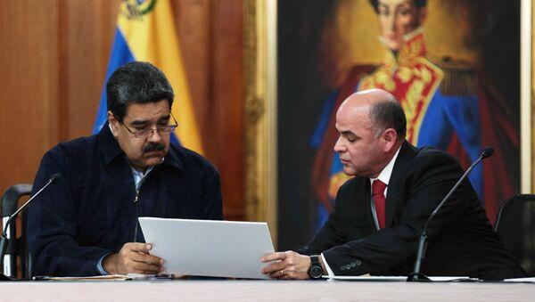 Presidente de Venezuela, Nicolás Maduro, y ministro de Petróleo venezolano, Manuel Quevedo - Sputnik Mundo