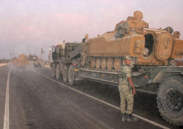 Técnica militar turca en la frontera con Siria (archivo)