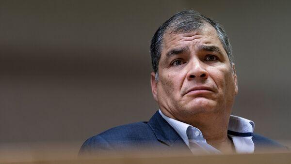 Rafael Correa expresidente ecuatoriano - Sputnik Mundo