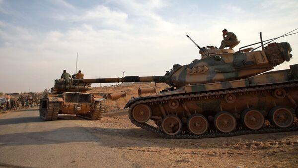 Vehículos militares turcos - Sputnik Mundo