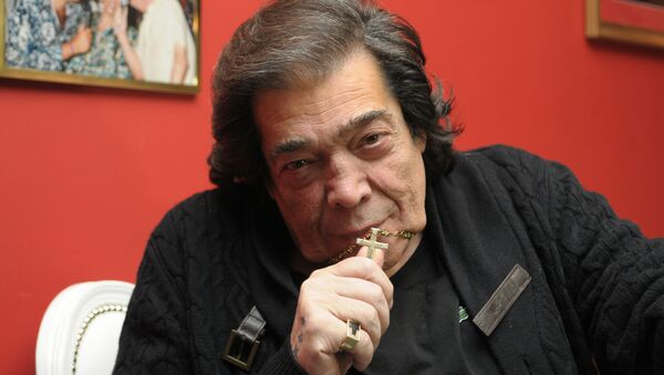 'Cacho' Castaña, el cantante y compositor argentino - Sputnik Mundo