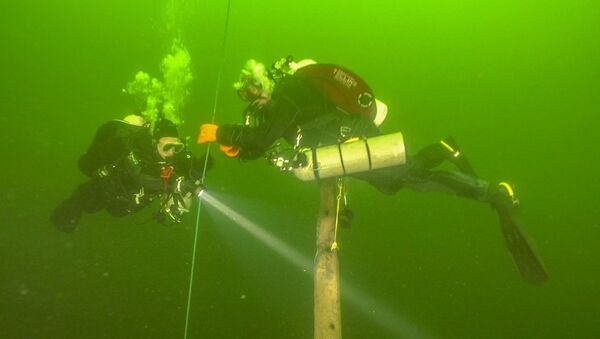 Cazadores de naufragios del equipo Red Ship - Sputnik Mundo