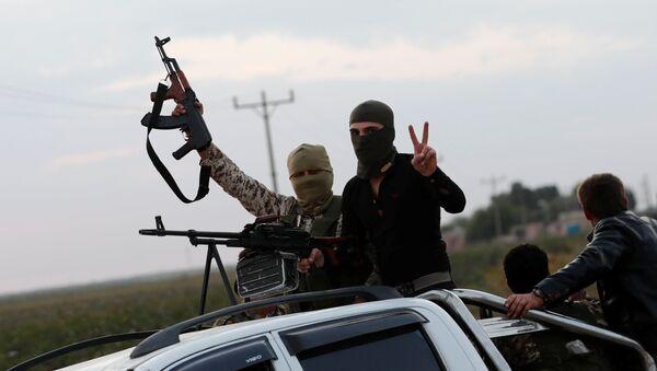 Rebeldes pro-turcos en el norte de Siria, el 17 de octubre de 2019 - Sputnik Mundo