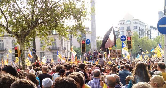 Marcha multitudianria en Barcelona