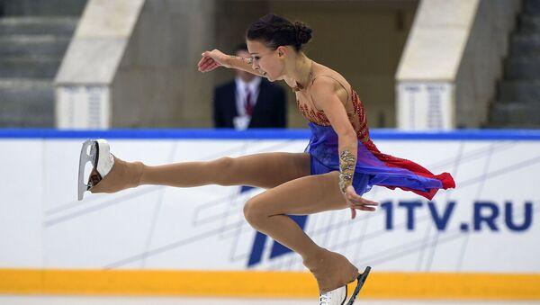 La patinadora rusa Anna Shcherbakova durante su actuación en el torneo Skate America 2019 - Sputnik Mundo