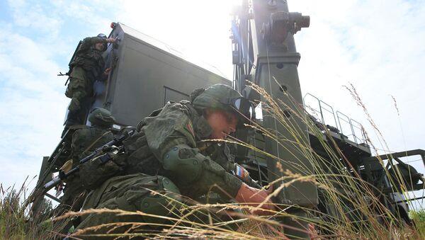 Soldados de las tropas de Comunicaciones de Rusia - Sputnik Mundo
