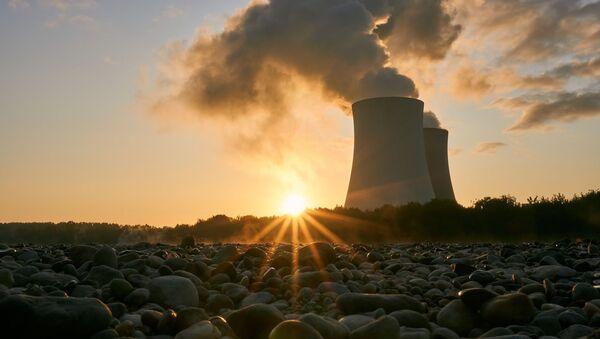 Una planta nuclear - Sputnik Mundo