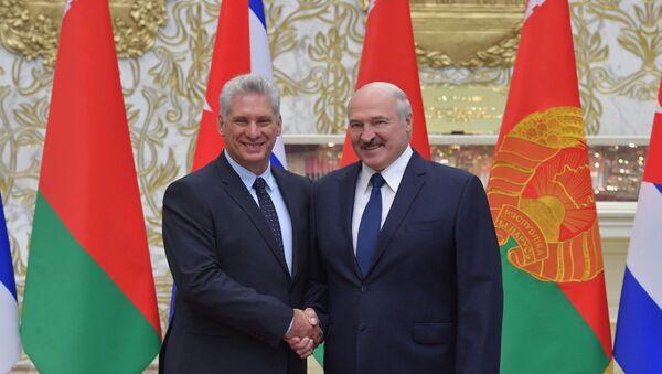 El presidente de Cuba, Miguel Díaz-Canel, y el presidente de Bielorrusia, Alexandr Lukashenko - Sputnik Mundo