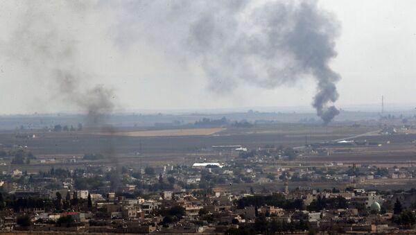 Bombardeo en Siria - Sputnik Mundo