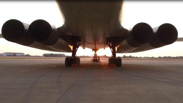 Los bombarderos rusos Tu-160 acaparan todas las miradas en Sudáfrica - Sputnik Mundo