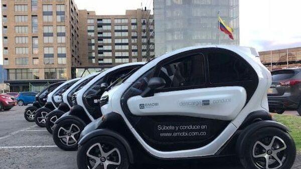 Auto eléctrico compartido en Bogotá - Sputnik Mundo