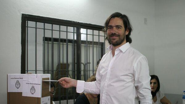 Nicolas del Caño vota en Avellaneda - Sputnik Mundo
