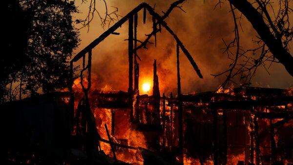 Incendios (imagen referencial) - Sputnik Mundo