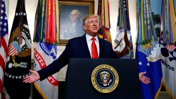 Donald Trump, presidente de EEUU, confirma la muerte del líder de ISIS, Abu Bakr Bagdadi - Sputnik Mundo