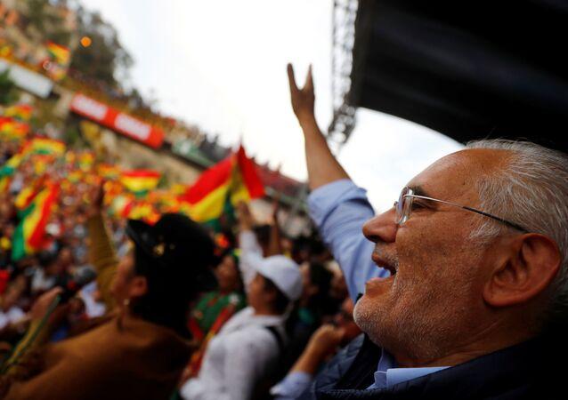 Carlos Mesa durante una manifestación opositora en La Paz