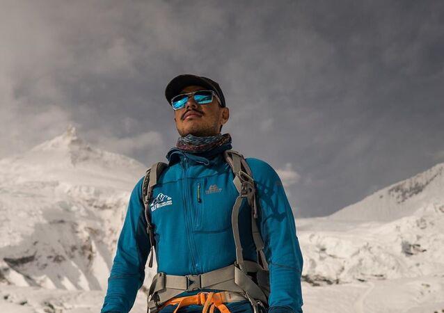 Nirmal Purja, alpinista de Nepal