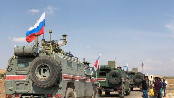 Blindados rusos en Siria - Sputnik Mundo