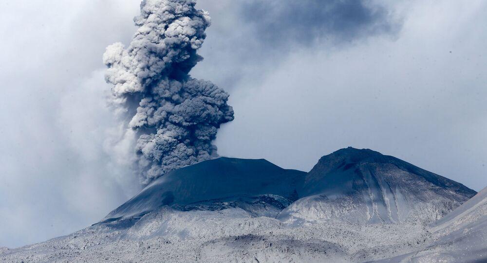 Actividad volcánica en el Sabancaya
