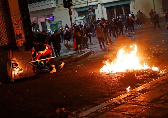 Manifestantes se movilizan el 31 de octubre en La Paz, Bolivia