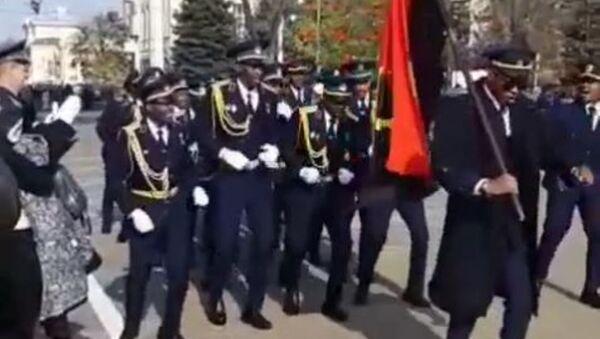 Desfile de pilotos africanos - Sputnik Mundo