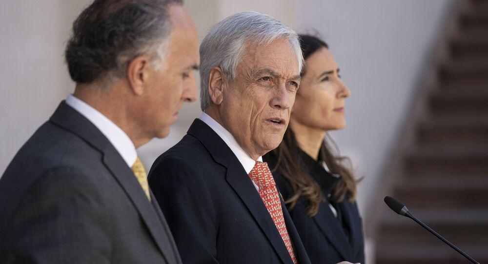 Sebastián Piñera, presidente de Chile (centro)