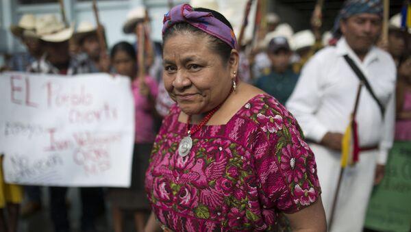 Rigoberta Menchú, la premio Nobel de la Paz guatemalteca  - Sputnik Mundo