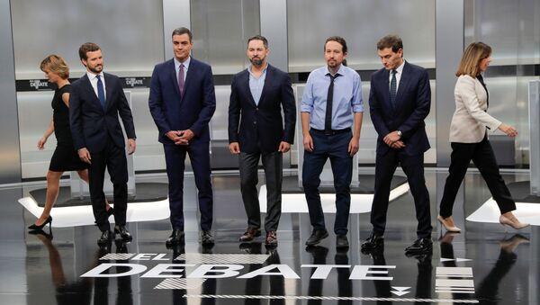 Los líderes de los cinco principales partidos políticos de España durante un debate electoral - Sputnik Mundo