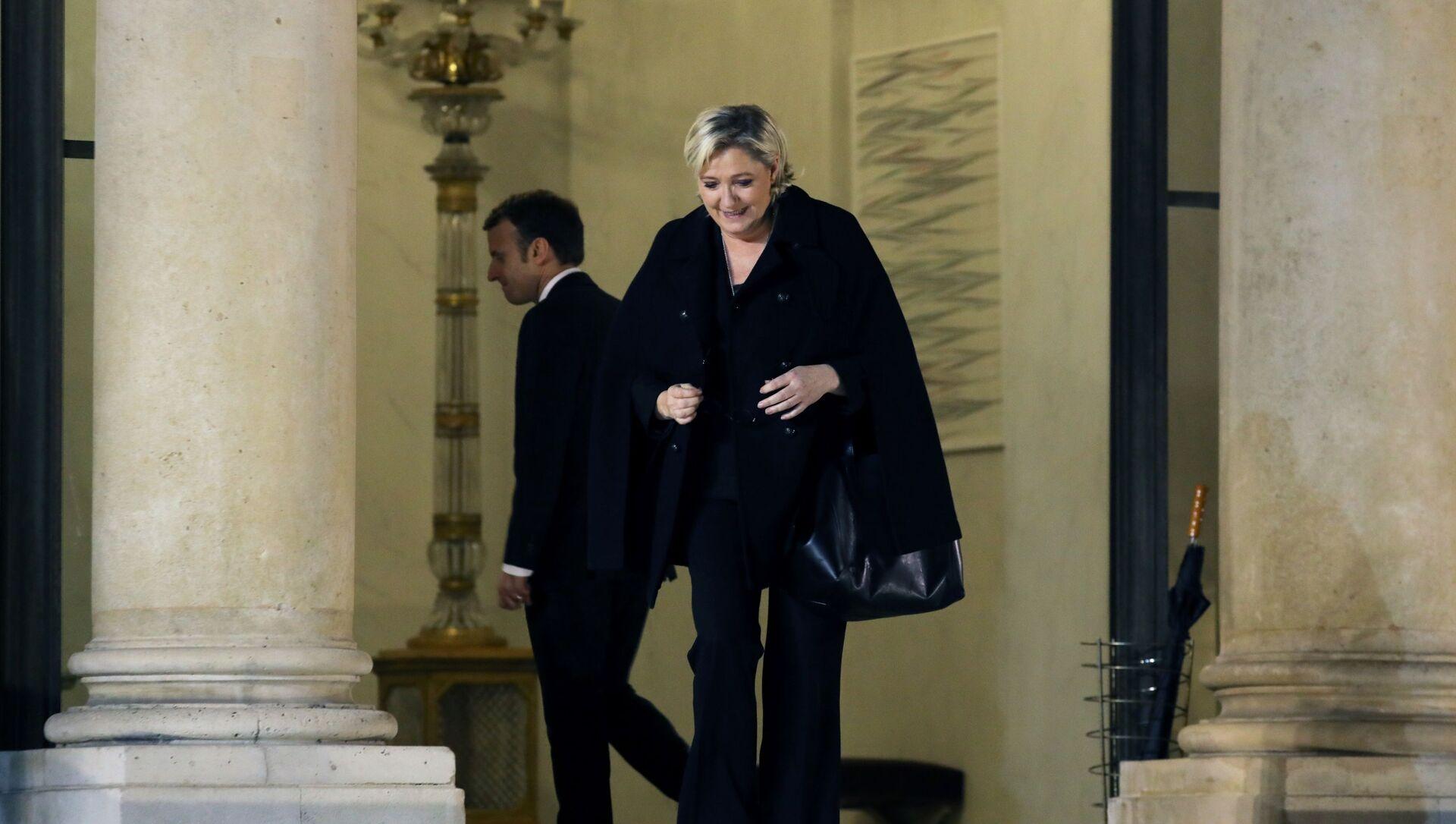 Marine Le Pen y Emmanuel Macron, candidatos a la presidencia de Francia - Sputnik Mundo, 1920, 05.11.2019