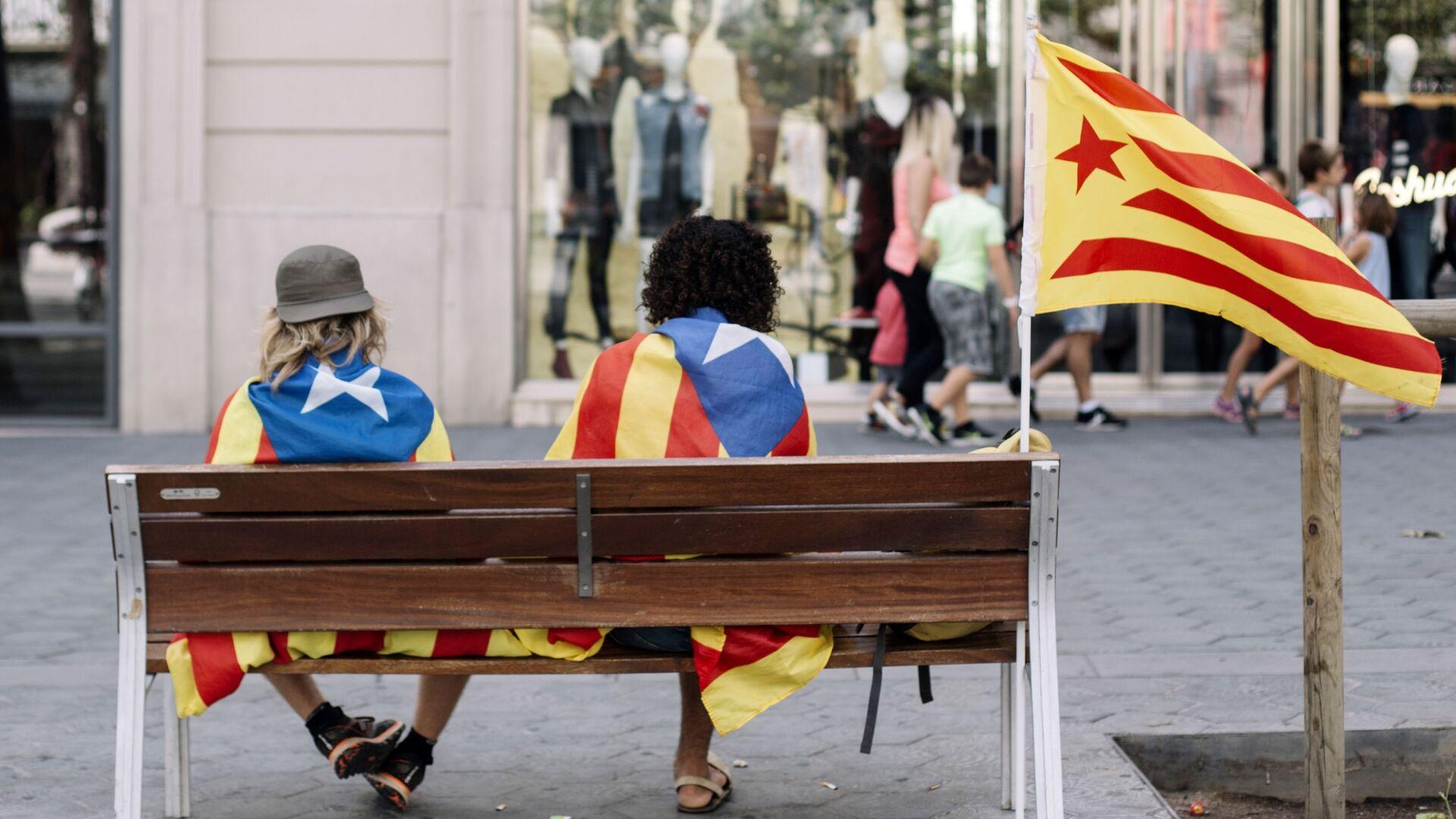 Las banderas independentistas de Catalonia - Sputnik Mundo, 1920, 03.09.2021
