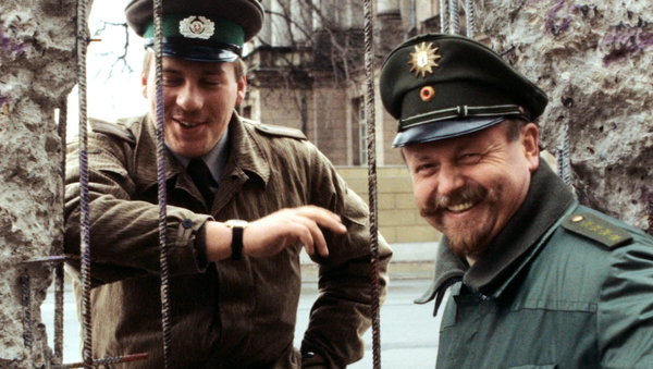 30 años de la caída del muro de Berlín: el fin de una época - Sputnik Mundo