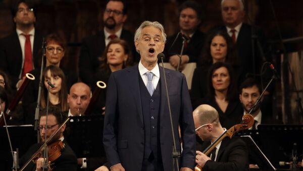 Andrea Bocelli, tenor italiano - Sputnik Mundo