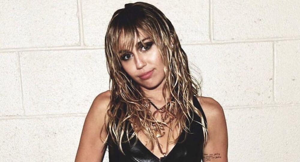 Miley Cyrus, cantante estadounidense
