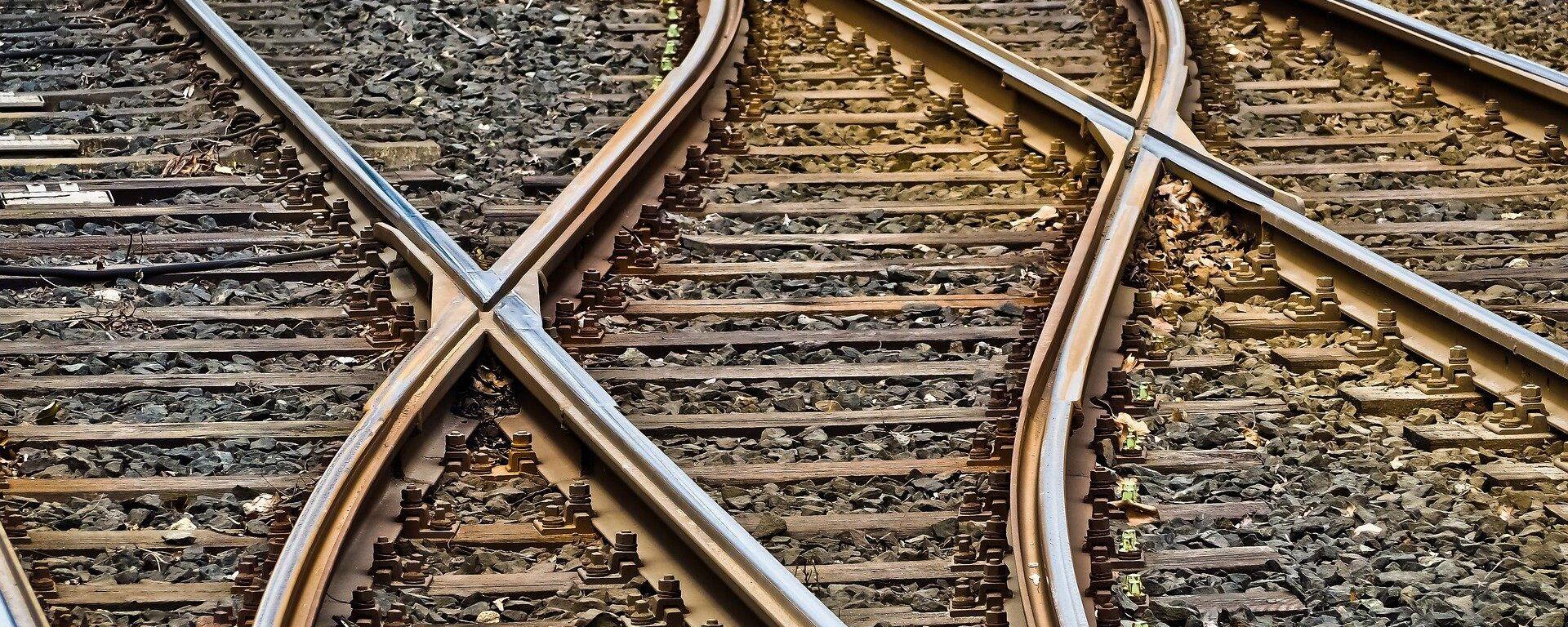 Ferrocarril (imagen referencial) - Sputnik Mundo, 1920, 22.03.2021