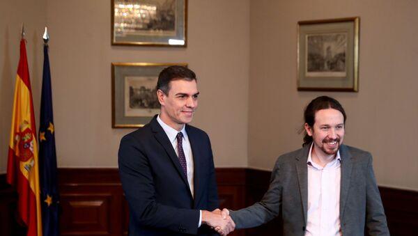 Pedro Sánchez, presidente del  de España en funciones, y Pablo Iglesias, líder de la coalición izquierdista Unidas Podemos - Sputnik Mundo