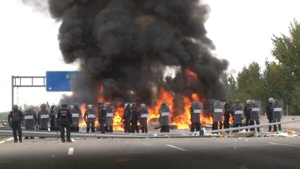 Violentas protestas bloquean el tráfico entre España y Francia - Sputnik Mundo
