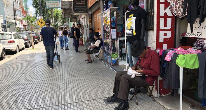 En la zona del Mercado se puede conocer a la comunidad boliviana en su esencia