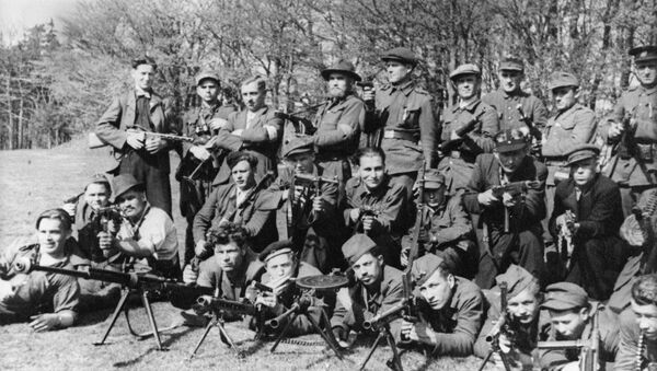La segunda brigada guerrillera el Día de la Victoria - Sputnik Mundo