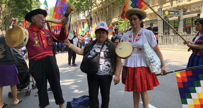Manifestantes en apoyo a Evo Morales