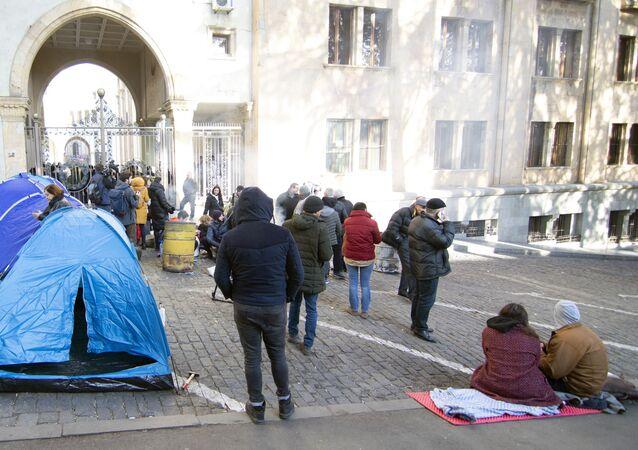 Protestas en Tiflis cerca del Parlamento georgiano