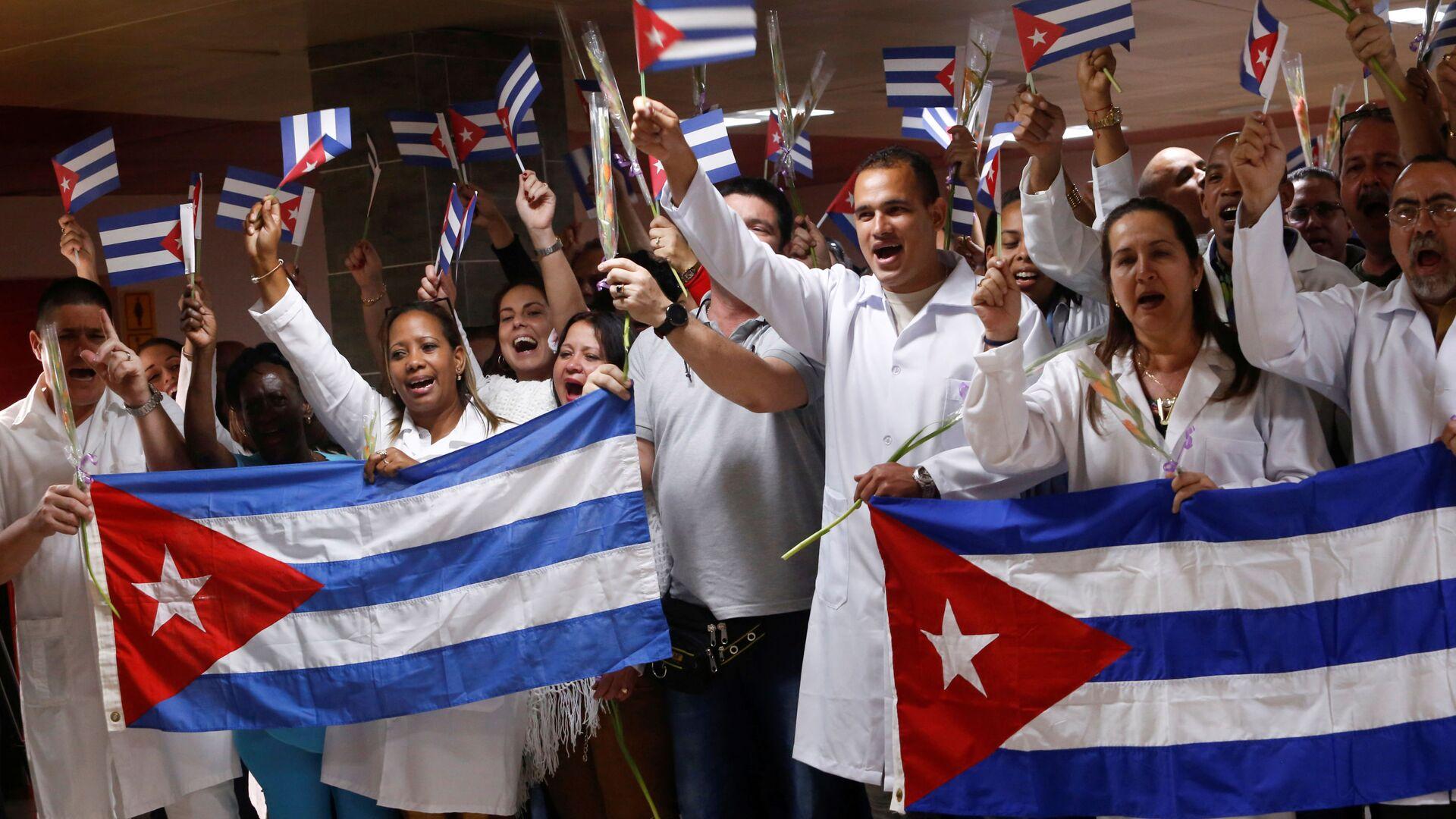 Médicos cubanos  - Sputnik Mundo, 1920, 02.07.2021