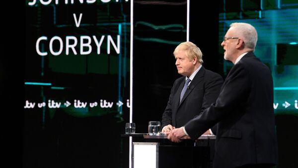 El debate electoral entre Boris Johnson y Jeremy Corbyn - Sputnik Mundo