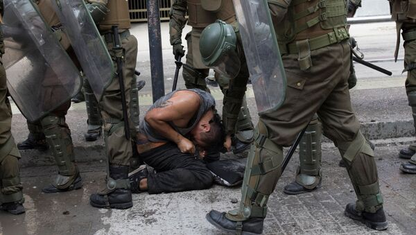 Protestas en Santiago, Chile - Sputnik Mundo