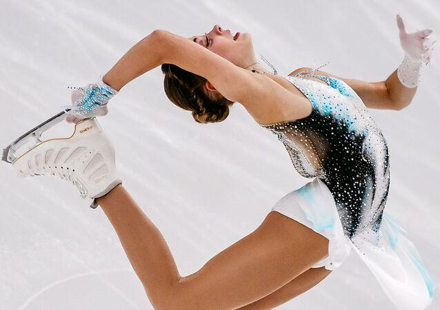 Aliona Kostornaia, patinadora rusa