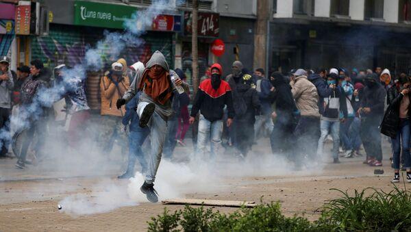 Disturbios en Bogotá, Colombia - Sputnik Mundo