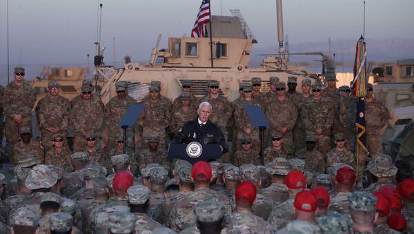 Mike Pence, vicepresidente de EEUU en su visita a Kurdistán iraquí - Sputnik Mundo
