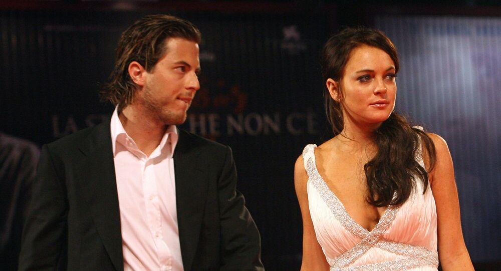 Lindsay Lohan junto a Harry Morton