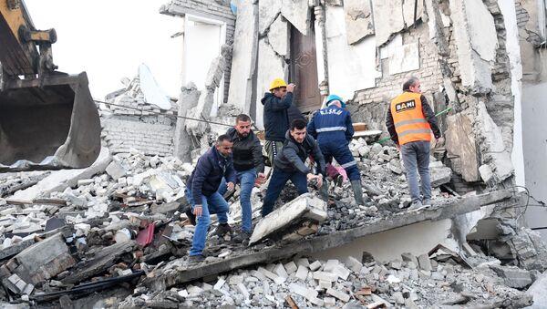 Последствия землетрясения в Албании - Sputnik Mundo