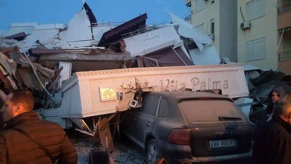 Последствия землетрясения в Албании. 26 ноября 2019  - Sputnik Mundo