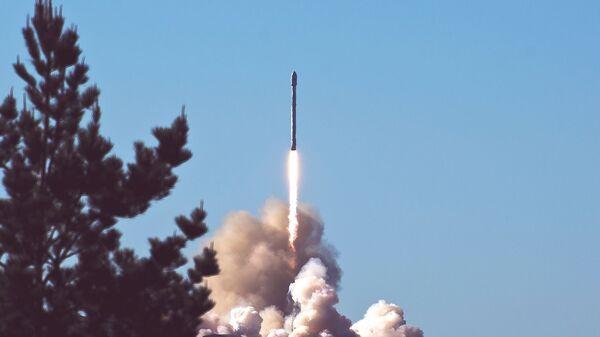 Lanzamiento de un misil. Imagen referencial - Sputnik Mundo