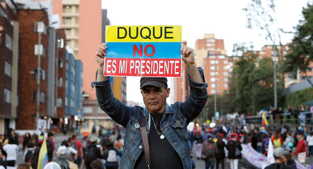 Manifestación contra el presidente de Colombia, Ivan Duque, en Bogotá, el 25 de noviembre de 2019
